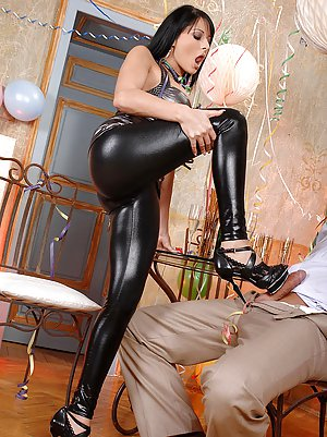 Mom Latex