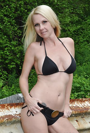 Mom Pics Bikini