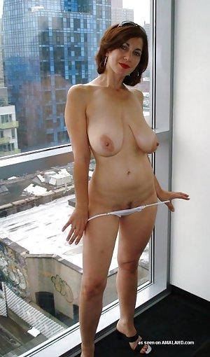 Saggy Tits Pics
